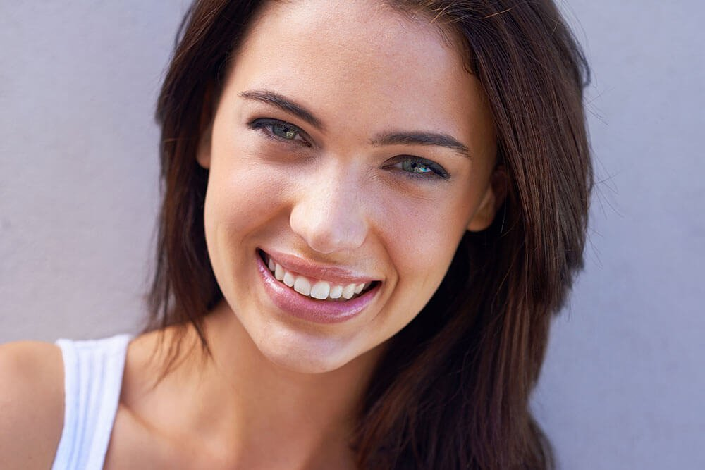 woman-close-up-smiling